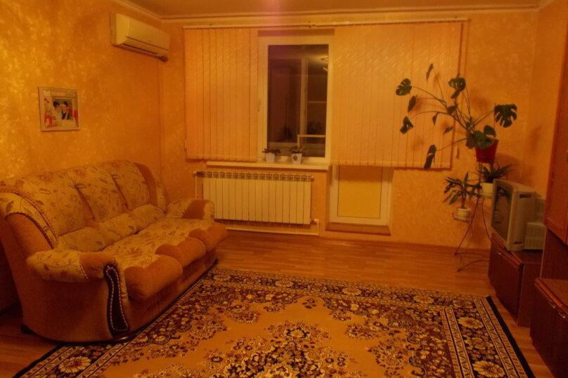 2-комн. квартира, 64 кв.м. на 6 человек, улица Коммунаров, 26, Ейск - Фотография 39