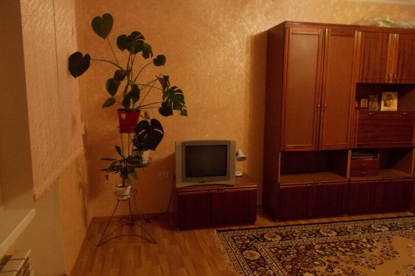 2-комн. квартира, 64 кв.м. на 6 человек, улица Коммунаров, 26, Ейск - Фотография 41