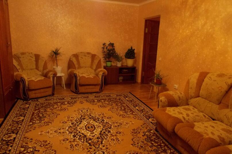 2-комн. квартира, 64 кв.м. на 6 человек, улица Коммунаров, 26, Ейск - Фотография 42