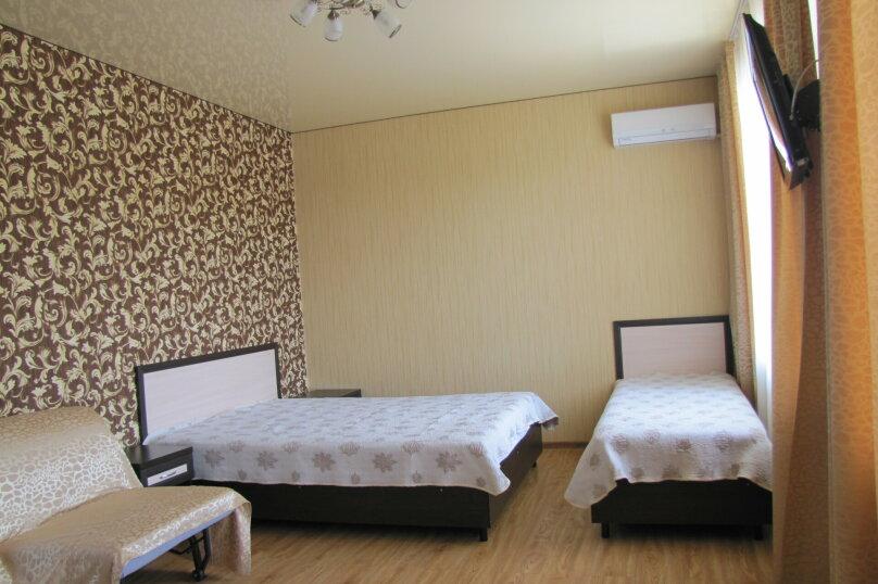 4-х местный «Люкс», улица Павлова, 52А, Лазаревское - Фотография 1