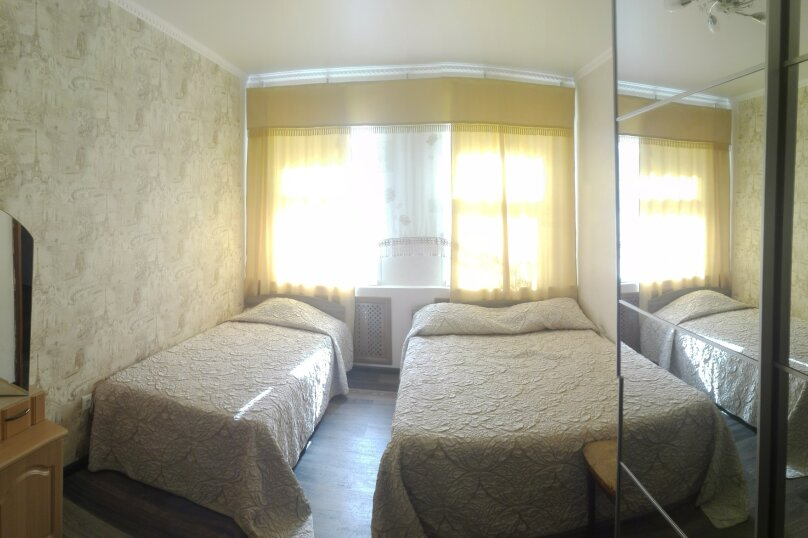 Комфортабельный часть дома под ключ около моря, 45 кв.м. на 5 человек, 2 спальни, Краснофлотская улица, 103, Ейск - Фотография 14