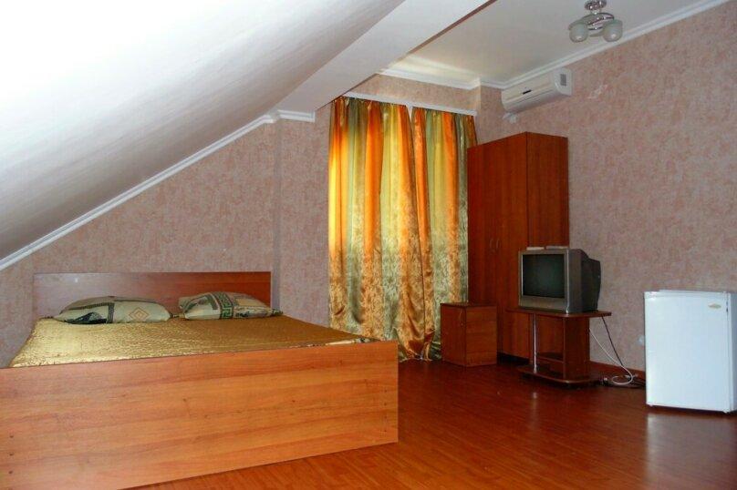 Четырехместный номер, улица Агафонова, 96Б, Черноморское - Фотография 2