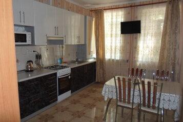 Дом, 80 кв.м. на 11 человек, 2 спальни, Заречная улица, Ялта - Фотография 1