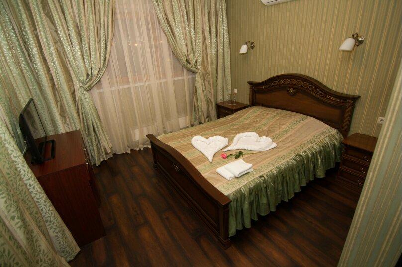 """Отель """"На Генерала Тюленева 12/1"""", улица Генерала Тюленева, 12 на 25 номеров - Фотография 35"""