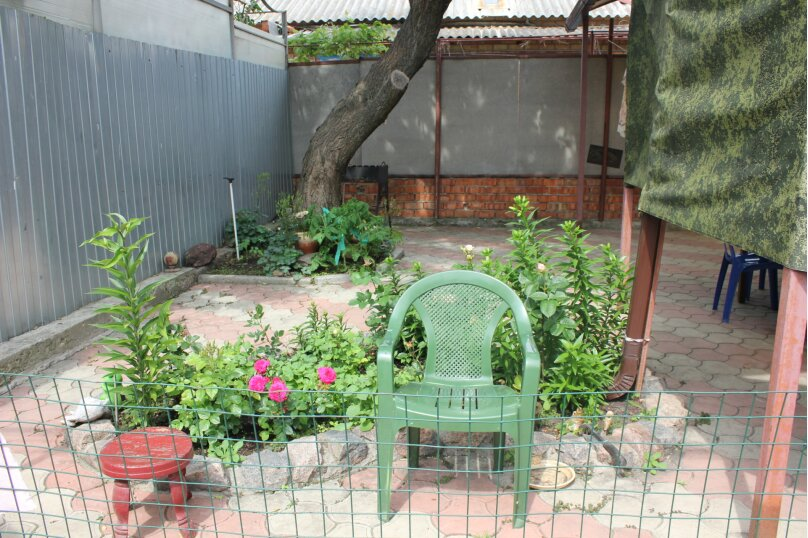 Однокомнатный домик-люкс ! не актуален, Первомайская улица, 109, Ейск - Фотография 2