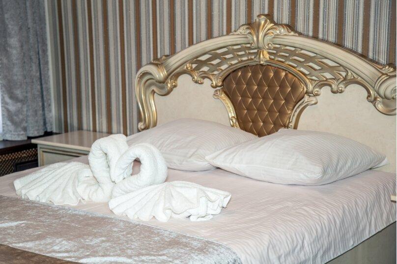 """Отель """"На Генерала Тюленева 12/1"""", улица Генерала Тюленева, 12 на 25 номеров - Фотография 42"""