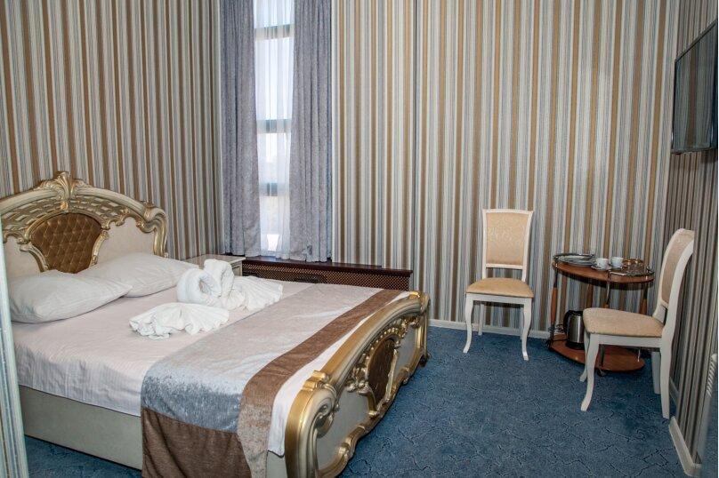 """Отель """"На Генерала Тюленева 12/1"""", улица Генерала Тюленева, 12 на 25 номеров - Фотография 5"""