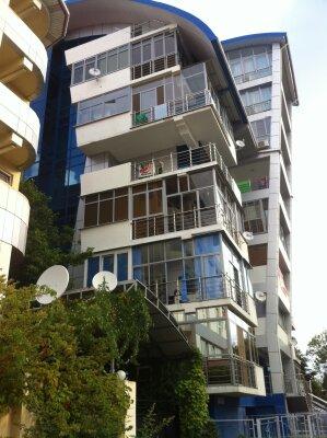 2-комн. квартира, 70 кв.м. на 6 человек, Интернациональная улица, 3/1, Адлер - Фотография 1