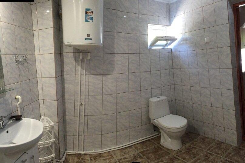 Коттедж на 6 чел. 2-х комнатный с кухней- столовой., 48 кв.м. на 6 человек, 2 спальни, с Морское Мартынова, 31, Морское - Фотография 26