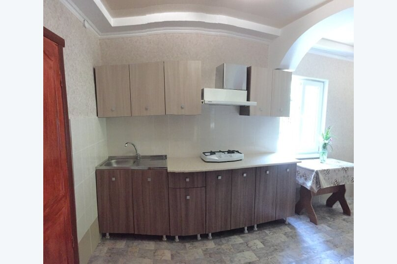 Коттедж на 6 чел. 2-х комнатный с кухней- столовой., 48 кв.м. на 6 человек, 2 спальни, с Морское Мартынова, 31, Морское - Фотография 28