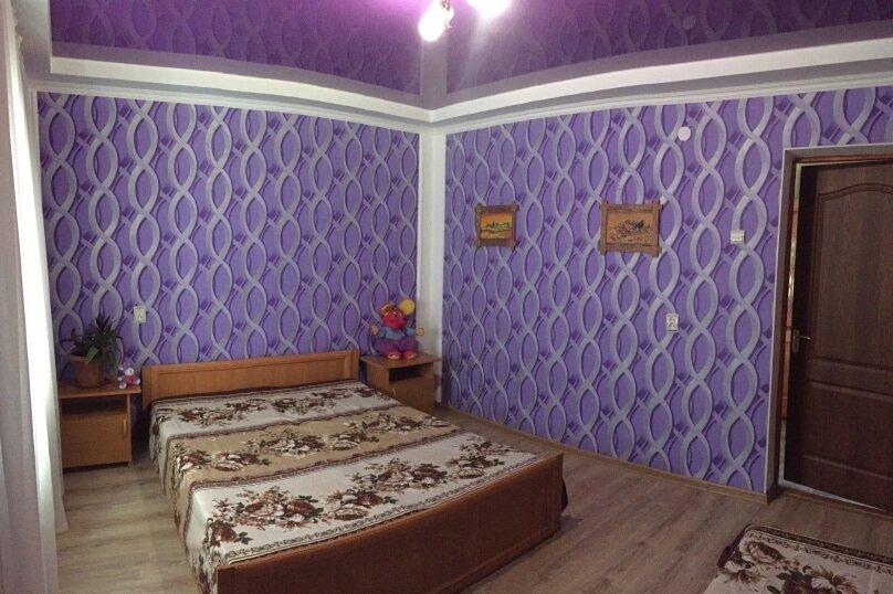 Коттедж на 6 чел. 2-х комнатный с кухней- столовой., 48 кв.м. на 6 человек, 2 спальни, с Морское Мартынова, 31, Морское - Фотография 29