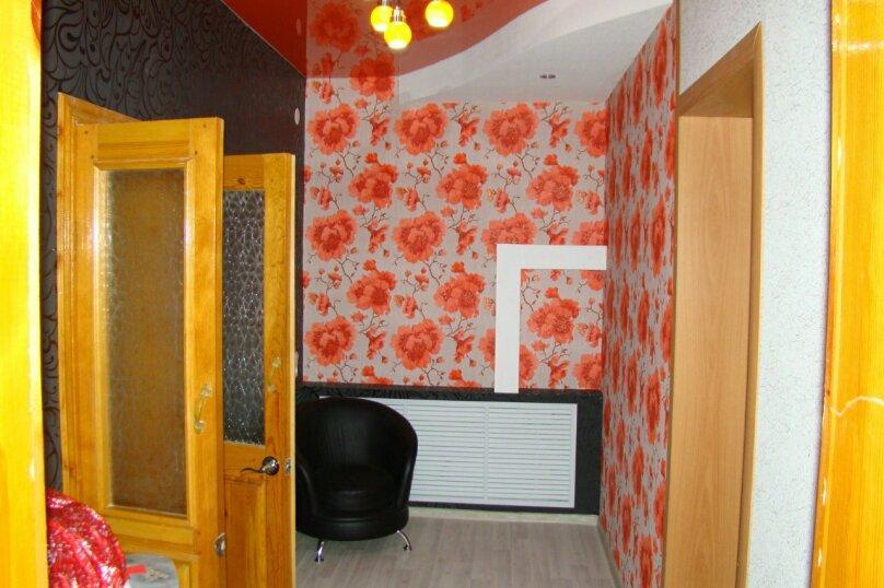 Частный дом с евро-ремонтом, 75 кв.м. на 15 человек, 3 спальни, Набережная улица, 12\4, Яровое - Фотография 3