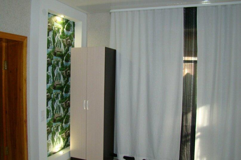 Частный дом с евро-ремонтом, 75 кв.м. на 15 человек, 3 спальни, Набережная улица, 12\4, Яровое - Фотография 8