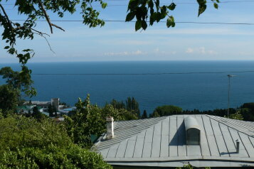 Домик с террасой, фонтаном и видом на море. , 25 кв.м. на 4 человека, 1 спальня, улица Говыриных, 8, Алупка - Фотография 2