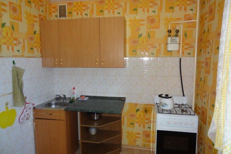 2-комн. квартира, 51 кв.м. на 6 человек, переулок Герцена, 6к2, Ярославль - Фотография 5