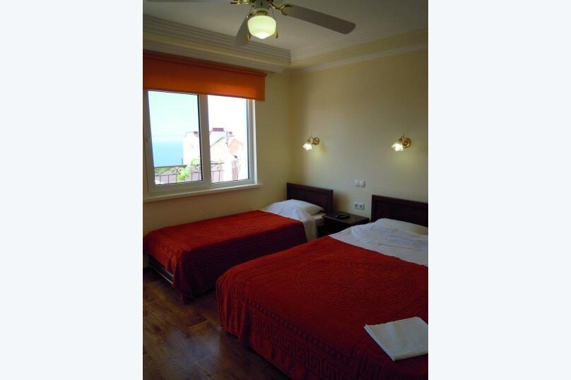 3-х местная комната на втором этаже, Фиолент, 2-я линия, 239, Севастополь - Фотография 1