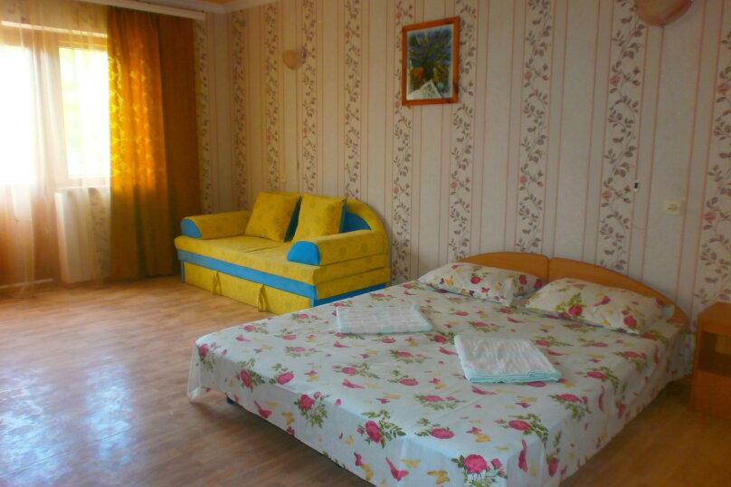 "Гостевой дом ""Донара"", улица Гагарина, 48Д на 9 комнат - Фотография 2"