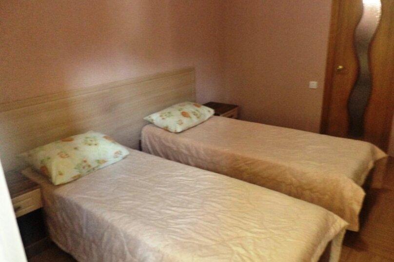 2-х местный  с двумя односпальными кроватями , Первомайский переулок, 2А, Геленджик - Фотография 1