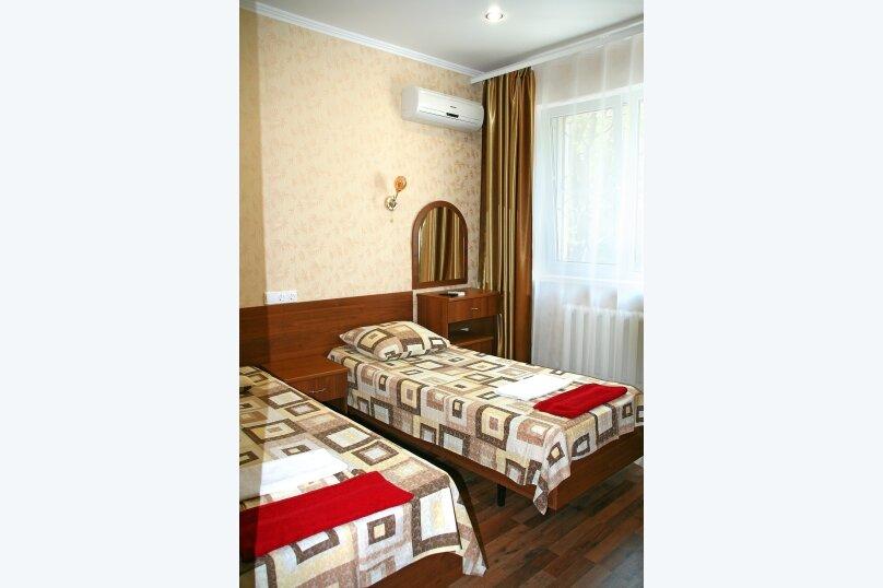 """Частный жилой дом """"Акватория"""", Пограничная, 7 на 9 комнат - Фотография 2"""
