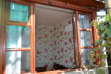 Дом по ул. Севастопольское шоссе., 50 кв.м. на 5 человек, 3 спальни, Севастопольское шоссе, 17, Алупка - Фотография 3