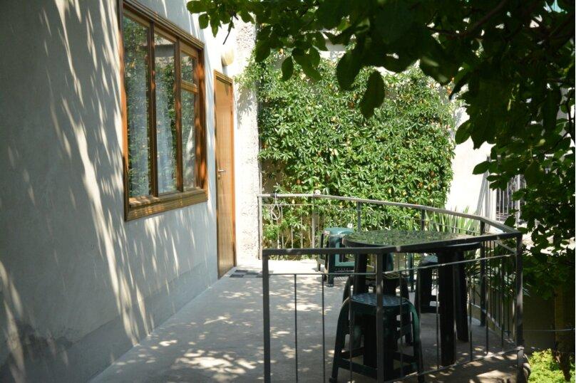 """Гостевой дом """"Абиссаль"""", улица Ганского, 16 на 5 комнат - Фотография 2"""