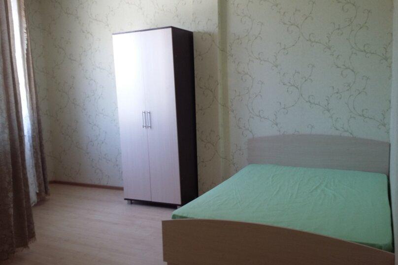 2-комн. квартира, 52 кв.м. на 10 человек, улица Адмирала Серебрякова, 22, Геленджик - Фотография 2