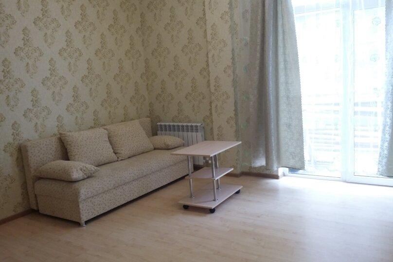 2-комн. квартира, 52 кв.м. на 10 человек, улица Адмирала Серебрякова, 22, Геленджик - Фотография 1