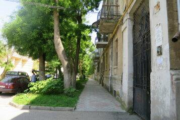 2-комн. квартира, 19 кв.м. на 4 человека, Кирова, Евпатория - Фотография 1