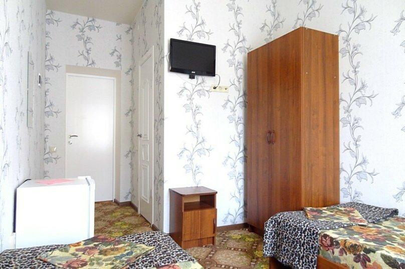 1-но комнатный 2-х местный (+1) полулюкс, улица Краснодарская, 25, Голубая бухта, Геленджик - Фотография 2