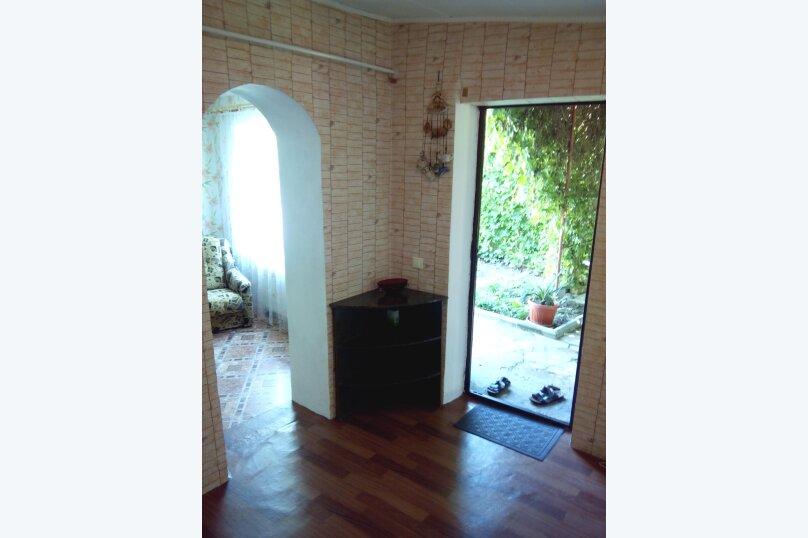 Частный дом под ключ со своим двором, 50 кв.м. на 5 человек, 2 спальни, Советская улица, 63, Феодосия - Фотография 18