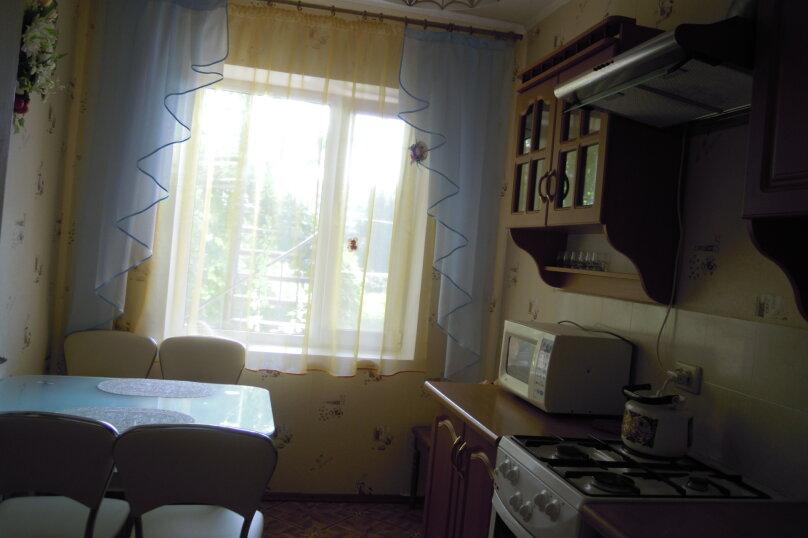 Приглашаем на отдых в Судак, 50 кв.м. на 4 человека, 2 спальни, улица Танкистов, 35, Судак - Фотография 3