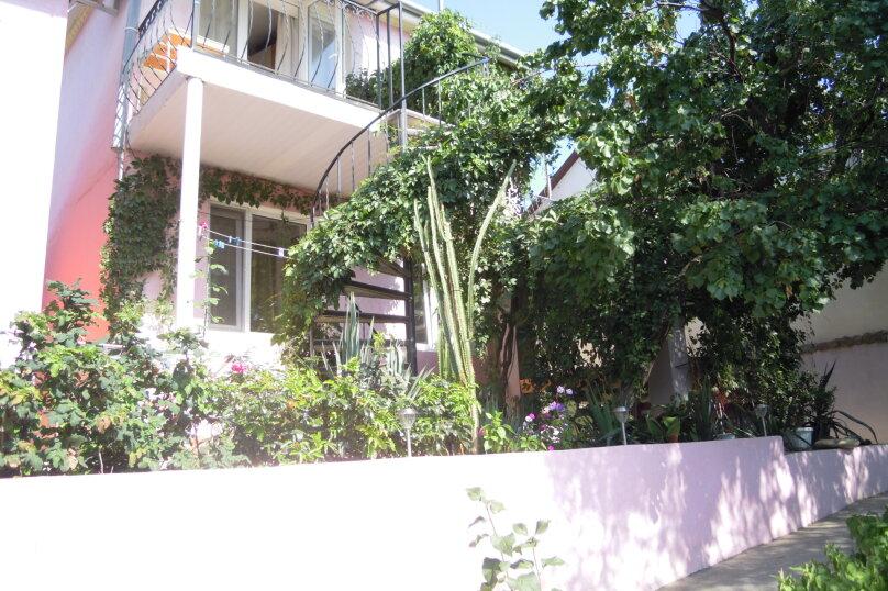 Приглашаем на отдых в Судак, 50 кв.м. на 4 человека, 2 спальни, улица Танкистов, 35, Судак - Фотография 1