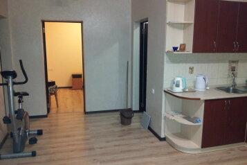 Предоставление  благоустроенного жилья в п. Форос для отдыха, 180 кв.м. на 5 человек, 2 спальни, улица Космонавтов, 26, Форос - Фотография 3