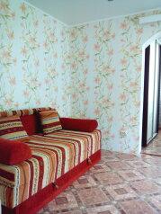 Частный дом под ключ со своим двором, 50 кв.м. на 5 человек, 2 спальни, Советская улица, Феодосия - Фотография 4