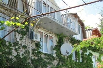 Уютный этаж в частном доме на 5-ых на 5 человек, 2 спальни, Нагорная улица, 1, Партенит - Фотография 4