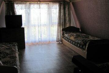 Уютный этаж в частном доме на 4-ых на 4 человека, 1 спальня, Нагорная улица, 1, Партенит - Фотография 1