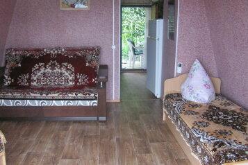 Уютный этаж в частном доме на 4-ых на 4 человека, 1 спальня, Нагорная улица, 1, Партенит - Фотография 2
