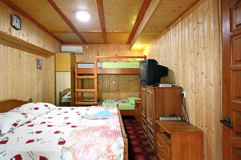 """Гостевой дом """"Комфорт"""", Школьная улица, 80 на 8 комнат - Фотография 30"""
