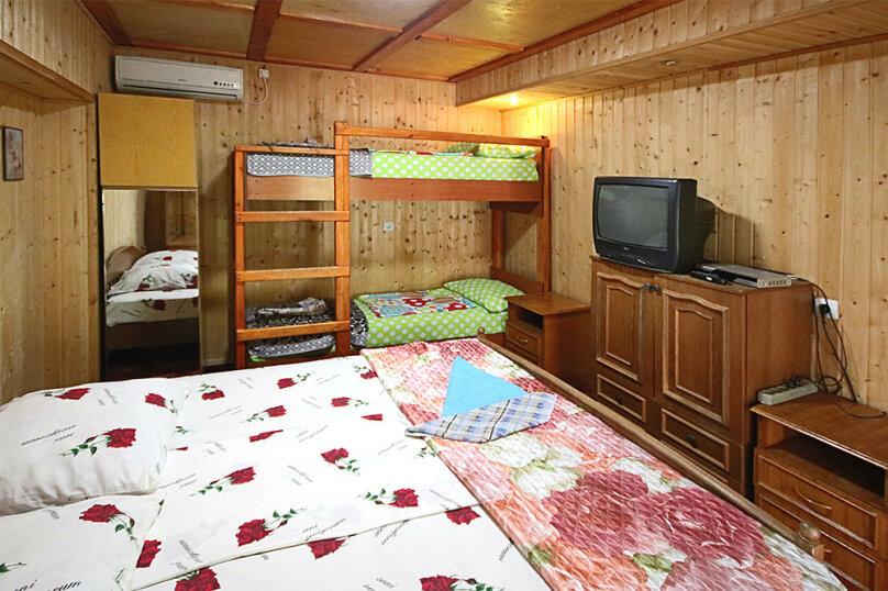 """Гостевой дом """"Комфорт"""", Школьная улица, 80 на 8 комнат - Фотография 31"""