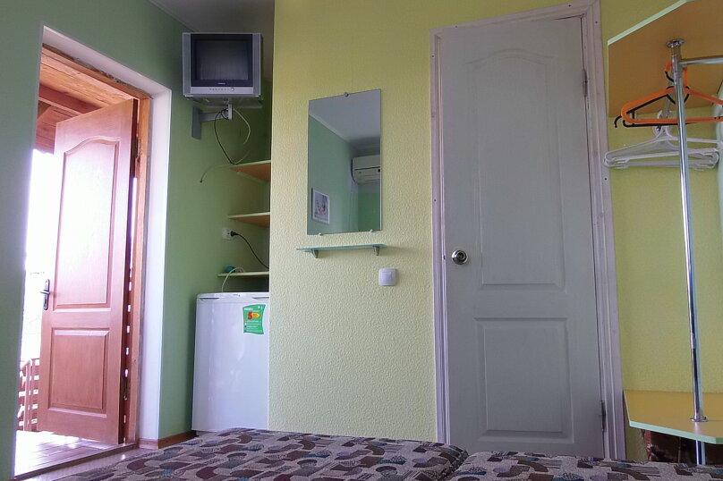 """Гостевой дом """"На Жуковского 14"""", улица Жуковского, 14 на 2 комнаты - Фотография 40"""