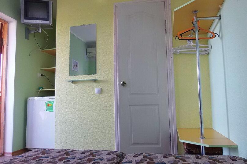 """Гостевой дом """"На Жуковского 14"""", улица Жуковского, 14 на 2 комнаты - Фотография 41"""