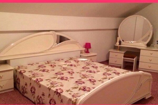 Гостиница, кавказская , 9 на 8 номеров - Фотография 1
