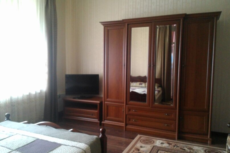 Дом, 35 кв.м. на 3 человека, 2 спальни, улица Васильченко, 7, Симеиз - Фотография 1