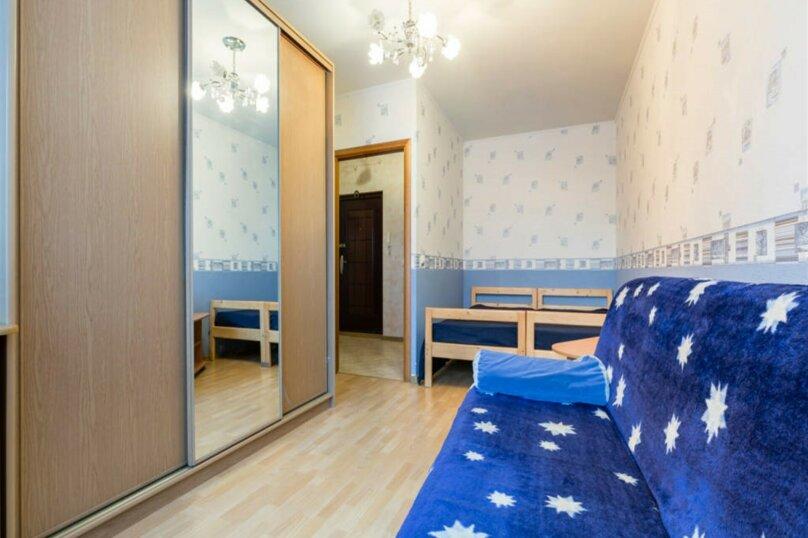 1-комн. квартира, 38 кв.м. на 4 человека, проспект Королёва, 43к1, Санкт-Петербург - Фотография 1