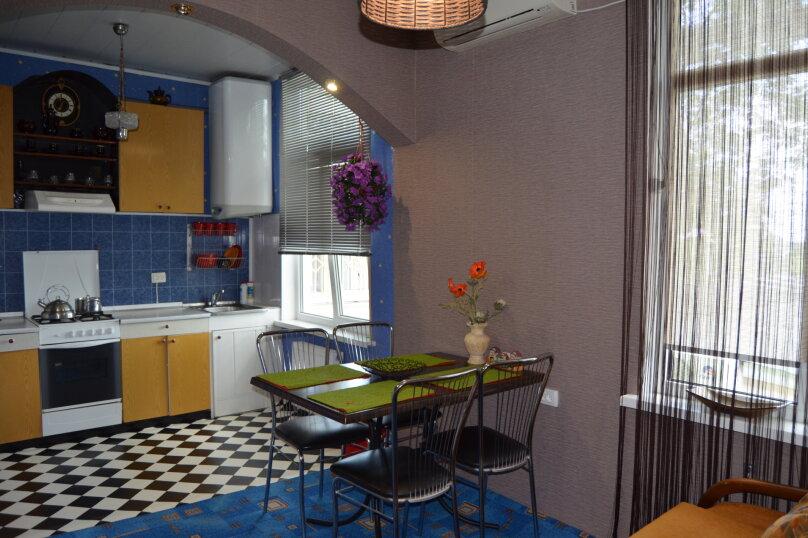 1-комн. квартира, 60 кв.м. на 4 человека, улица Урицкого, 10, Алушта - Фотография 8