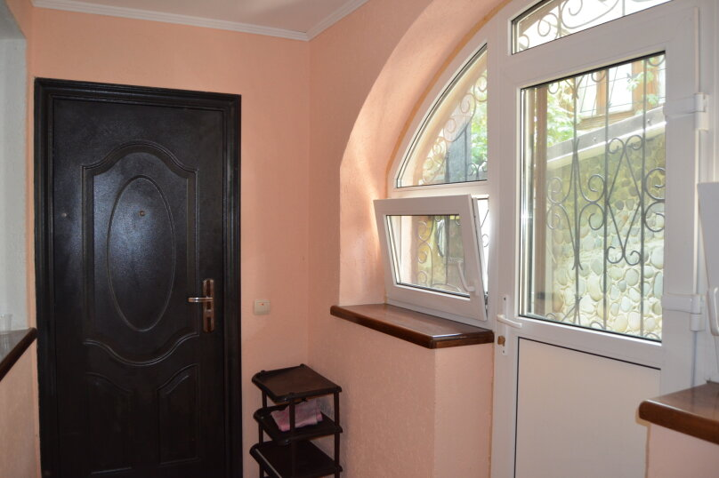 1-комн. квартира, 60 кв.м. на 4 человека, улица Урицкого, 10, Алушта - Фотография 13