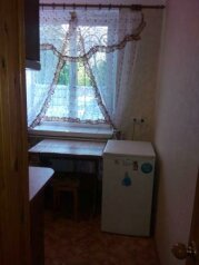 1-комн. квартира, 32 кв.м. на 4 человека, улица Голицына, Судак - Фотография 4