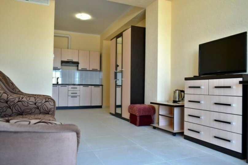Апартаменты с кухней, Виноградная, 95, Ялта - Фотография 1