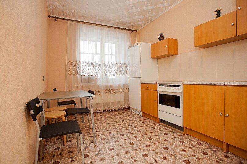 3-комн. квартира, 100 кв.м. на 6 человек, улица Цвиллинга, 34, Челябинск - Фотография 8