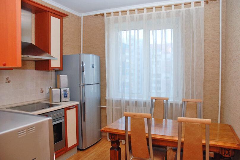 2-комн. квартира на 4 человека, улица Чайковского, 52, Челябинск - Фотография 5